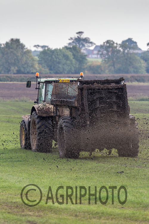 Contractors spreading  slurry on a dairy farm<br /> Picture Tim Scrivener 07850 303986