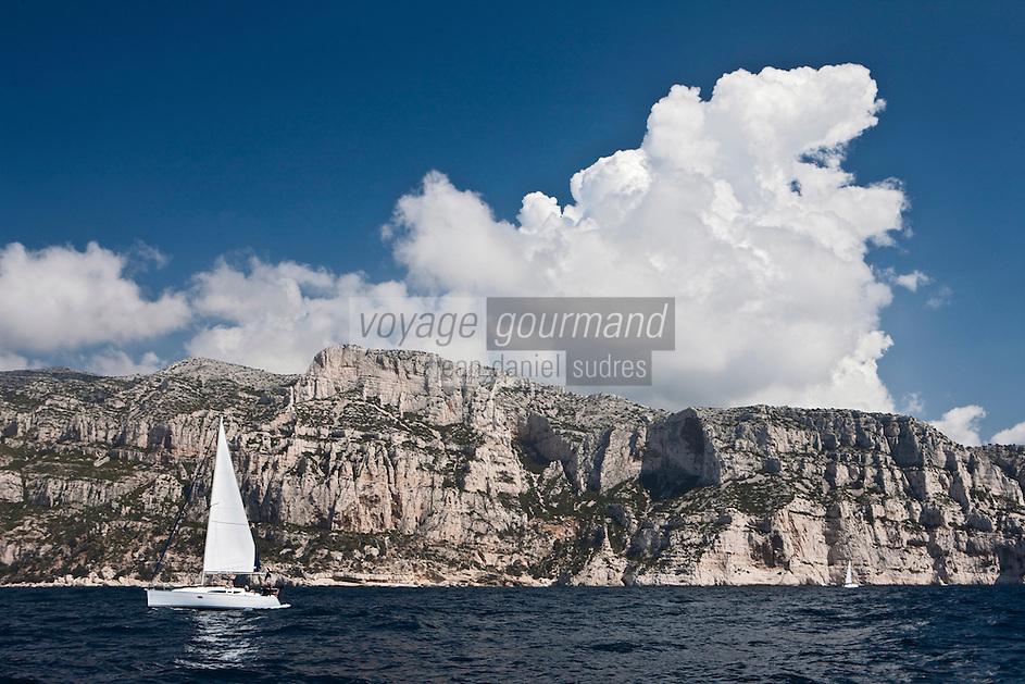 Europe/France/Provence-Alpes-Côte d'Azur/13/Bouches-du-Rhône/ Marseille: Calanque de la Lèque et Rocher de l'Oeil de Verre
