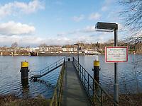 Elbe bei Geesthacht, Schleswig-Holstein, Deutschland <br /> River Elbe near Geesthacht, Schleswig-Holstein, Germany