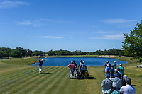 Brandt Snedeker (USA) watches his tee shot on 3 during Round 4 of the Valero Texas Open, AT&amp;T Oaks Course, TPC San Antonio, San Antonio, Texas, USA. 4/22/2018.<br /> Picture: Golffile | Ken Murray<br /> <br /> <br /> All photo usage must carry mandatory copyright credit (&copy; Golffile | Ken Murray)