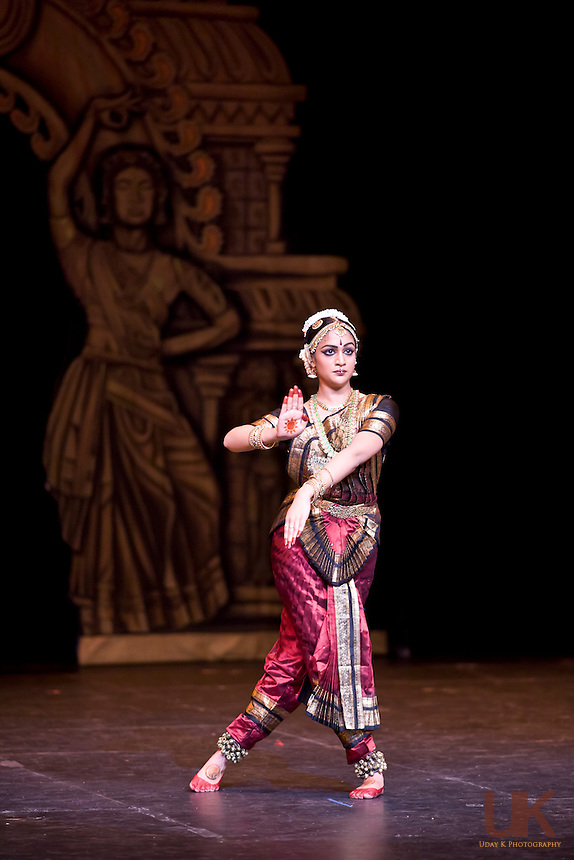 Anjali performing her Arangetram at the Irving Arts Center, Irving