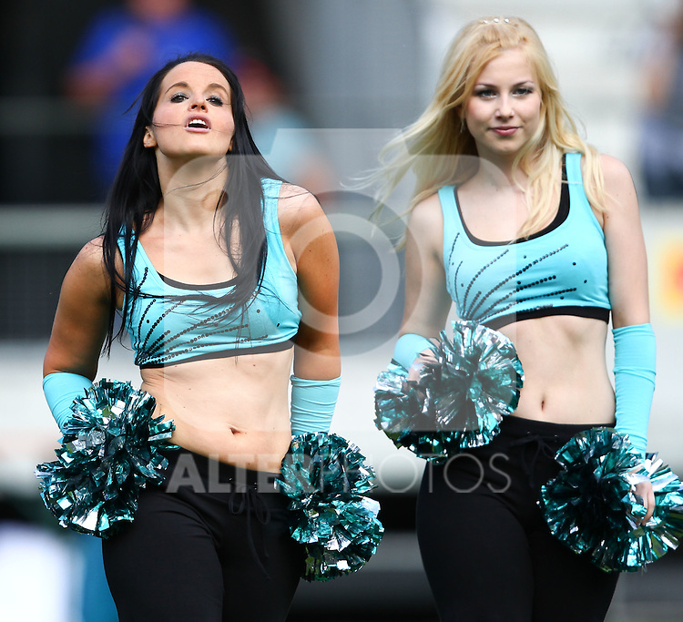 08.07.2011, Tivoli Stadion, Innsbruck, AUT, American Football WM 2011, Group A, United States of America (USA) vs Australia (AUS), im Bild Cheerdance Team during the halftime break // during the American Football World Championship 2011 Group A game, USA vs Australia, at Tivoli Stadion, Innsbruck, 2011-07-08, EXPA Pictures © 2011, PhotoCredit: EXPA/ T. Haumer