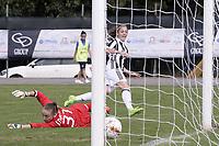Mozzanica (Bg) 30/09/2017 - campionato di calcio serie A femminile / Mozzanica - Juventus / foto Daniele Buffa/Image Sport/Insidefoto<br /> nella foto: gol Benedetta Glionna