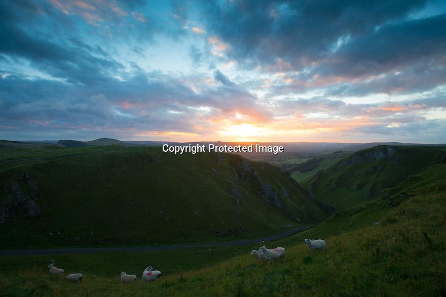 25/08/15<br /> <br /> A late summer dawn breaks over Winnats Pass near Castleton in the Derbyshire Peak District.<br />  <br /> All Rights Reserved: F Stop Press Ltd. +44(0)1335 418629   www.fstoppress.com.