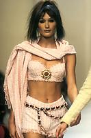 CARLA BRUNI<br /> Chanel<br /> 1994<br /> &copy; Guy Marineau/Catwalkpictures/TORDOIR/DALLE
