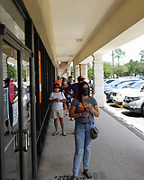 Jacksonville, FL August 1st: Trader Joe's at Mandarin getting creative with social distancing markers outside of its store.  Jacksonville, Florida on August 1st, 2020 Credit: Edward Kerns II/MediaPunch