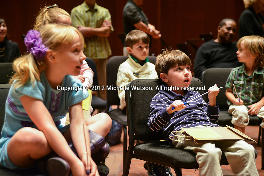 Houston Symphony Junior Patrons with Conductor Robert Franz at Jones Hall