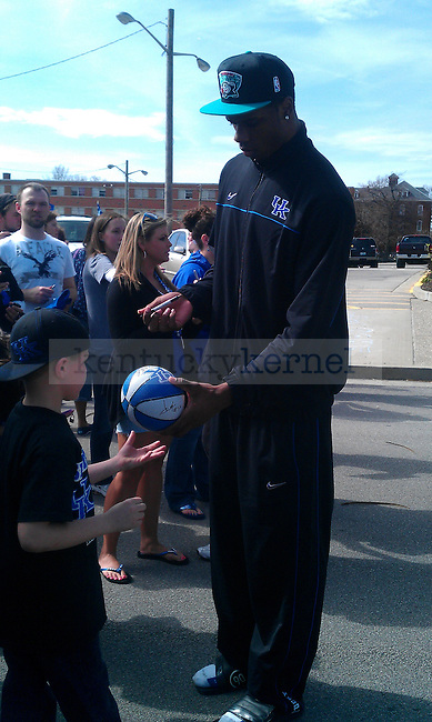 Terrence Jones signs his autograph for a fan outside of Wildcat Lodge in Lexington, Ky., on 4/3/11. Photo by Quianna Lige