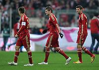 FUSSBALL   1. BUNDESLIGA  SAISON 2011/2012   13. Spieltag FC Bayern Muenchen - Borussia Dortmund        19.11.2011 Philipp Lahm , Toni Kroos, Thomas Mueller (v. li., FC Bayern Muenchen)