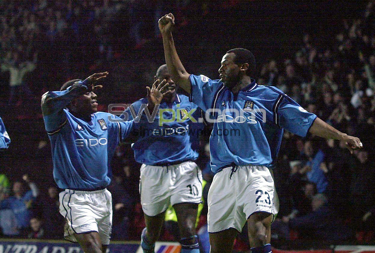 Pix: Matthew Lewis/SWpix.com. Soccer. Nationwide Division One. Watford v Manchester City. 20/01/2002...COPYWRIGHT PICTURE>>SIMON WILKINSON>>01943 436649>>..Man City's Paolo Wanchope celebrates his goal against Watford with his team mates..