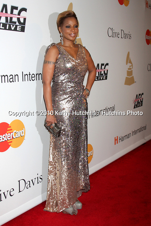 Mary J Blige.arriving at the Clive Davis Pre-Grammy Party .Beverly Hilton Hotel.Beverly Hills, CA.January 30, 2010.©2010 Kathy Hutchins / Hutchins Photo....