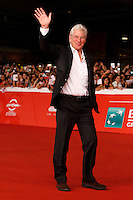 "L'attore statunitense Richard Gere sul red carpet per la presentazione del film ""Time Out of Mind"" al Festival Internazionale del Film di Roma, 19 ottobre 2014.<br /> U.S. actor Richard Gere walks on the red carpet to present the movie ""Time Out of Mind"" during the international Rome Film Festival at Rome's Auditorium, 19 October.<br /> UPDATE IMAGES PRESS/Riccardo De Luca"