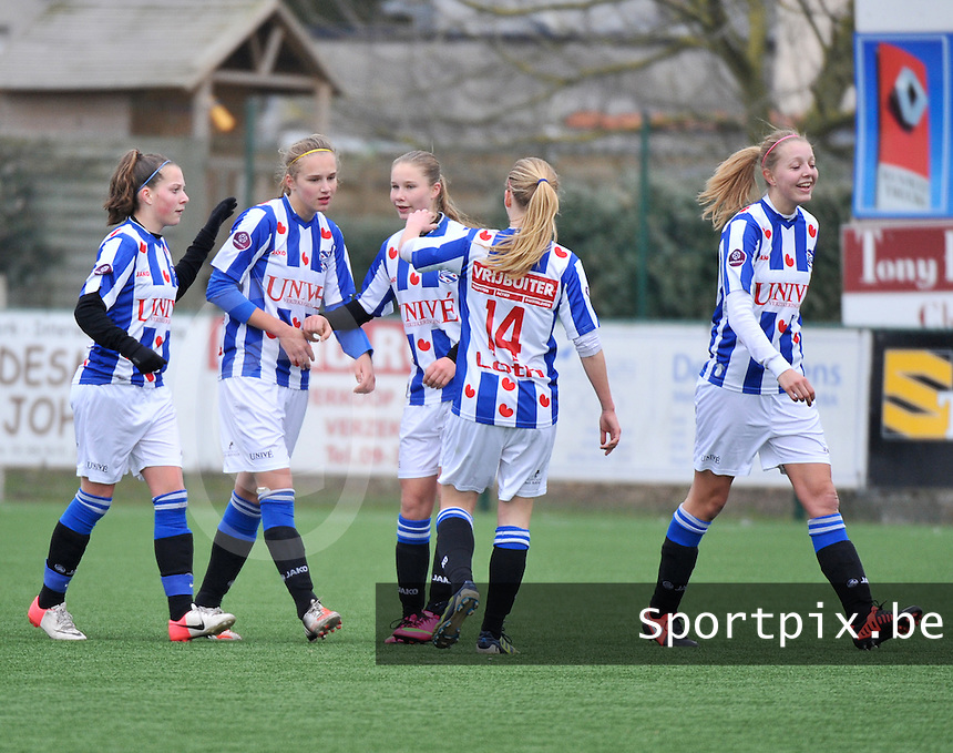 Dames Zulte-Waregem - SC Heerenveen : vreugde bij Heerenveen na een doelpunt.foto DAVID CATRY / Nikonpro.be