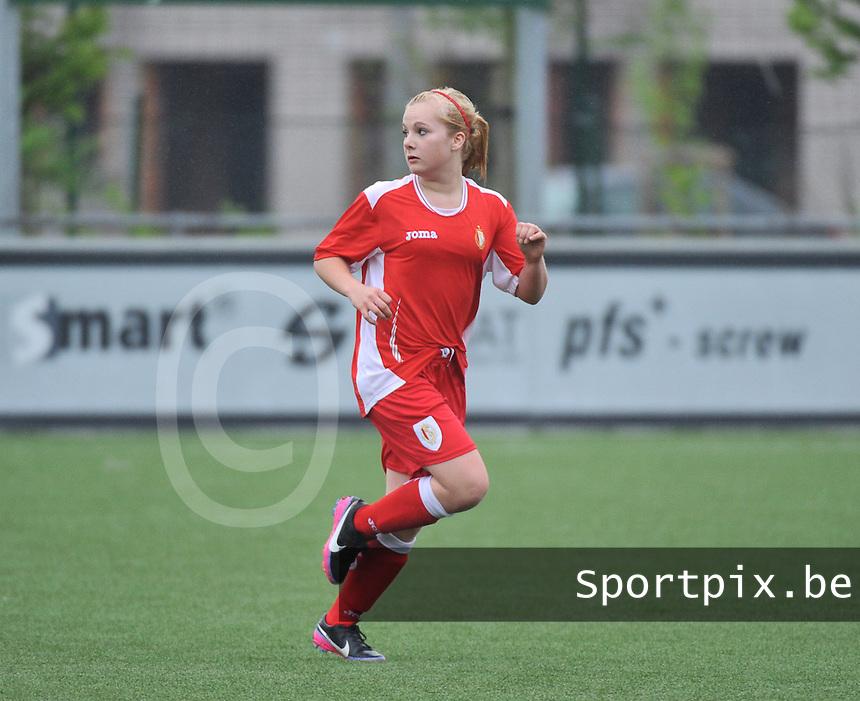 Lierse U16 - Standard de Liege U16 : Ella Mertens.foto DAVID CATRY / Nikonpro.be