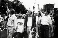 Gilles Duceppe et Lucien Bouchard<br />  au defile de la Saint-Jean-Baptiste 1994<br /> <br /> <br /> PHOTO : Agence Quebec Presse