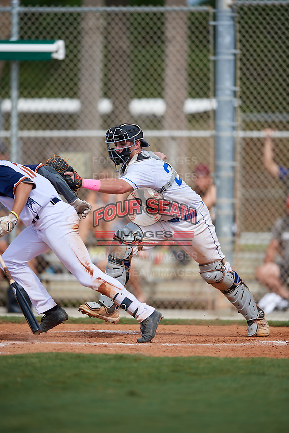 Parker Landwehr during the WWBA World Championship at the Roger Dean Complex on October 20, 2018 in Jupiter, Florida.  Parker Landwehr is a catcher from Baltimore, Maryland who attends Calvert Hall College and is committed to Boston College.  (Mike Janes/Four Seam Images)