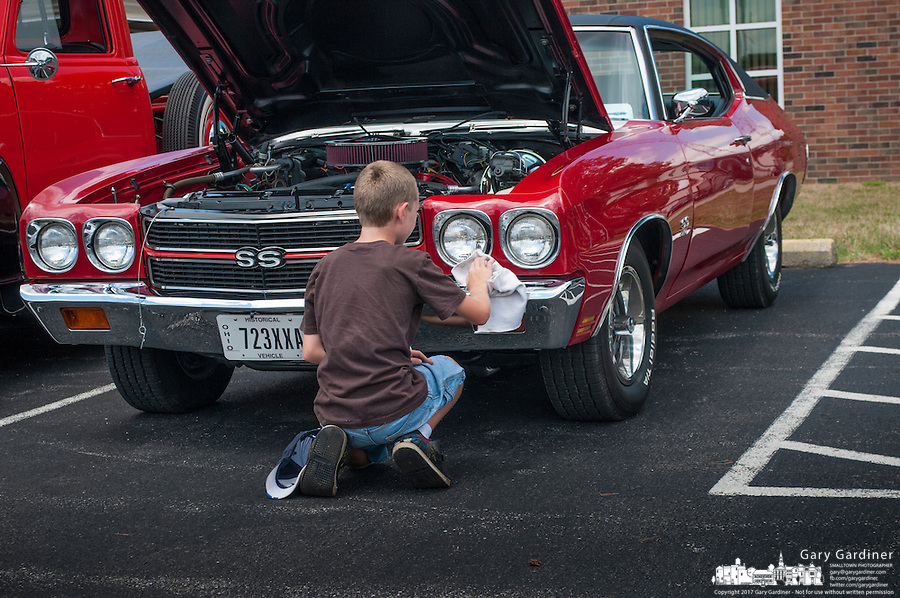 hot rod and antique car show at city facility