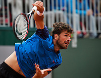 Paris, France, 23 june, 2016, Tennis, Roland Garros, Robin Haase (NED) serving<br /> Photo: Henk Koster/tennisimages.com