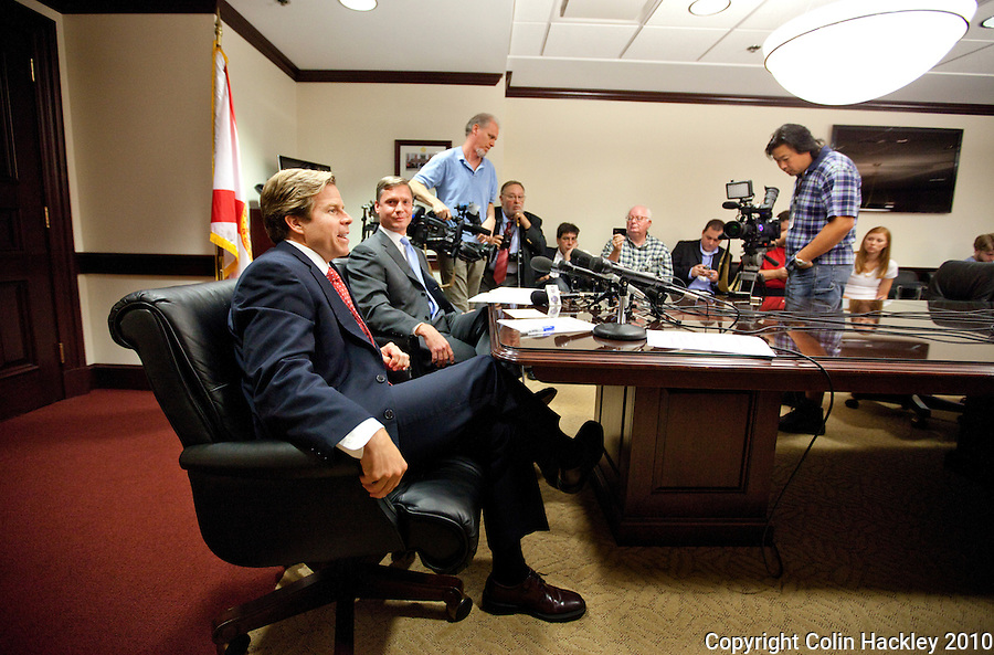 TALLAHASSEE, FLA. 11/4/10-OVERRIDE 110410 CH-Incoming Senate President Mike Haridopolos, R-Melbourne, left, and Incoming House Speaker Dean Cannon, R-Winter Park, speak during a news conference Thursday at the Capitol in Tallahassee. The two met to discuss calling a one day special session during the Nov. 16 Organizational Session to override several of the vetoes signed by Gov. Charlie Crist earlier this year...COLIN HACKLEY PHOTO