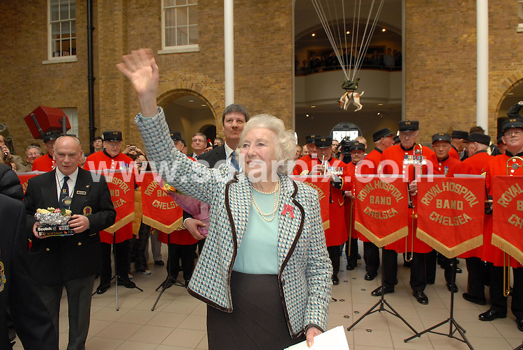 **ALL ROUND PICTURES FROM SOLARPIX.COM**.**WORLDWIDE SYNDICATION RIGHTS**.Dame Vera Lynn celebrated her 90th birthday on tuesday at the Imperial War Museum along with Baroness Thatcher, Kathrin Jenkins and the boys from the Chelsea Pensioners.This pic:DAME VERA LYNN.JOB REF:3544-MSR    DATE:20_03_07 .**MUST CREDIT SOLARPIX.COM OR DOUBLE FEE WILL BE CHARGED* *UNDER NO CIRCUMSTANCES IS THIS IMAGE TO BE REPRODUCED FOR ANY ONLINE EDITION WITHOUT PRIOR PERMISSION*