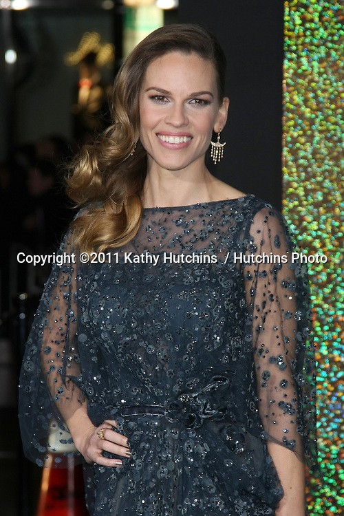 "LOS ANGELES - DEC 5:  Hilary Swank arrives at the ""New Year's Eve"" World Premiere at Graumans Chinese Theater on December 5, 2011 in Los Angeles, CA"