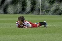 SAO PAULO, 24 DE MARCO DE 2013 - TREINO SAO PAULO - O jogador Rodrigo Caio durante treino do São Paulo, no CT da Barra Funda, região oeste da capital, na manha desta segunda feira, 25. (FOTO: ALEXANDRE MOREIRA / BRAZIL PHOTO PRESS)