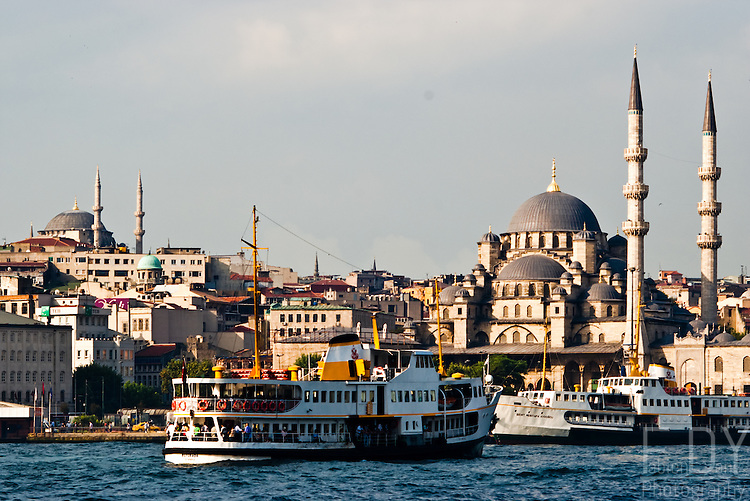 View of Istanbul and its boats allowing to cross the bosphorus or the Golden Horn.