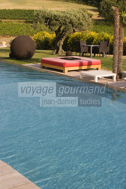 Europe/France/Provence-Alpes-Cote d'Azur/84/ Vaucluse/Saint Saturnin Les Apt: Domaine des Andéols,Hotel restaurant de charme - la piscine