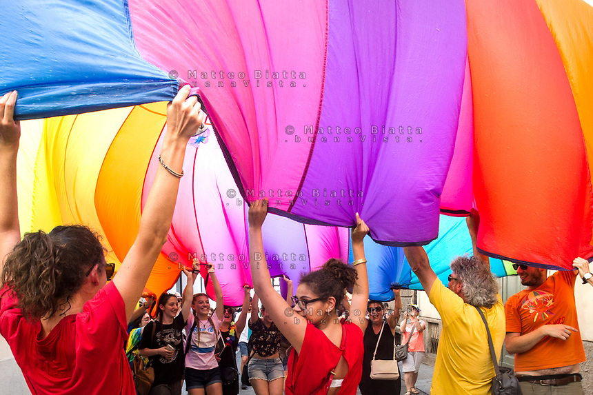 Gay pride Brescia nella foto corteo cronaca Brescia 17/06/2017 foto Matteo Biatta<br /> <br /> Gay pride Brescia in the picture demostration chronicle Brescia 17/06/2017 photo by Matteo Biatta