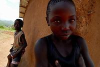 NIZI / ITURI / RDC.REHABILITATION CENTRE FOR CHILD SOLDIERS RUN BY ITALIAN NGO COOPI.PHOTO LIVIO SENIGALLIESI..NIZI / ITURI / CONGO.CENTRO PER IL RECUPERO DI BAMBINI SOLDATO. LA TORMENTATA REGIONE DELL'ITURI E DEL VICINO HAUT HUELE E' DA SEMPRE META DELLE SCORRIBANDE DELL'LRA. NEI VILLAGGI CHE VENGONO ATTACCATI DALLE BANDE ARMATE, VENGONO RAPITI TUTTI I BAMBINI. I MASCHI DIVENTANO SOLDATI, LE BAMBINE SCHIAVE SESSUALI DEI CAPI BANDA. IL LORO RECUPERO E' MOLTO DIFFICILE..FOTO LIVIO SENIGALLIESI