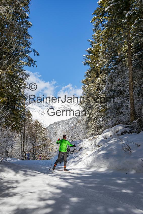 Austria, Tyrol, near bei St. Ulrich am Pillersee: cross-country ski run between St. Ulrich am Pillersee and Hochfilzen   Oesterreich, Tirol, bei St. Ulrich am Pillersee: Langlaufloipe zwischen den Orten St. Ulrich am Pillersee und Hochfilzen