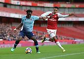 16/04/2018 Arsenal v Blackpool FAYC Semi 2L<br /> <br /> Nana Adarkwa shrugs off Dominic Thompson