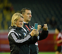 20150922 - LEUVEN ,  BELGIUM : Bosnia and Herzegovina's  coach  Samira Huren  pictured during the female soccer game between the Belgian Red Flames and Bosnia and Herzegovina , the first game in the qualification for the European Championship in France 2017  , Thursday 22 September 2015 at Stadion Den Dreef  in Leuven , Belgium. PHOTO DAVID CATRY