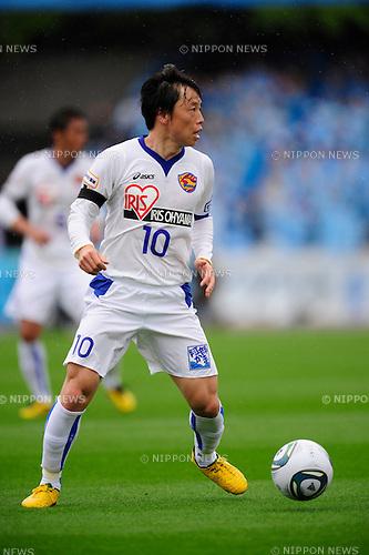 Ryang Yong-Gi (Vegalta), APRIL 23, 2011 - Football : 2011 J.LEAGUE Division 1 between Kawasaki Frontale 1-2  Vegalta Sendai at Kawasaki Todoroki Stadium, Kanagawa, Japan. (Photo by Atsushi Tomura /AFLO SPORT) [1035]