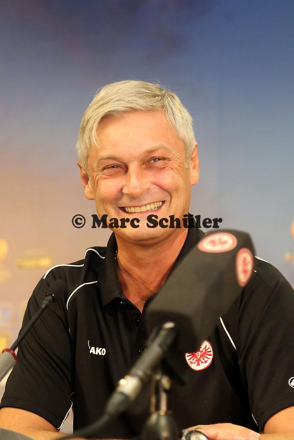 Trainer Armin Veh (Eintracht) - Pressekonferenz zur Begegnung der Europa League Eintracht Frankfurt vs. Girondins Bordeaux