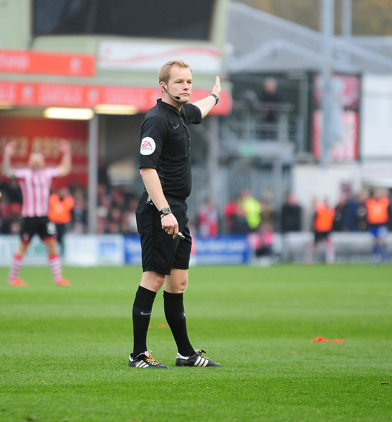 Referee Gavin Ward<br /> <br /> Photographer Andrew Vaughan/CameraSport<br /> <br /> The EFL Sky Bet League Two - Lincoln City v Mansfield Town - Saturday 24th November 2018 - Sincil Bank - Lincoln<br /> <br /> World Copyright © 2018 CameraSport. All rights reserved. 43 Linden Ave. Countesthorpe. Leicester. England. LE8 5PG - Tel: +44 (0) 116 277 4147 - admin@camerasport.com - www.camerasport.com