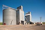 Corrugated grain elevators at Beatrice, Wash.