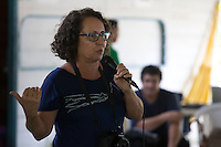 Jornalista Amélia Gonzales do G1 durante o IV Encontrão  para dar continuidade a implantação do protocolo comunitário no Arquipélago do Bailique  na foz do rio Amazonas, Amapá, Brasil.Foto Paulo Santos 12/06/2015