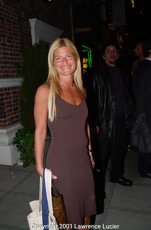 Lizzie Grubman departs from a benefit in Manhattan on October 17, 2001.