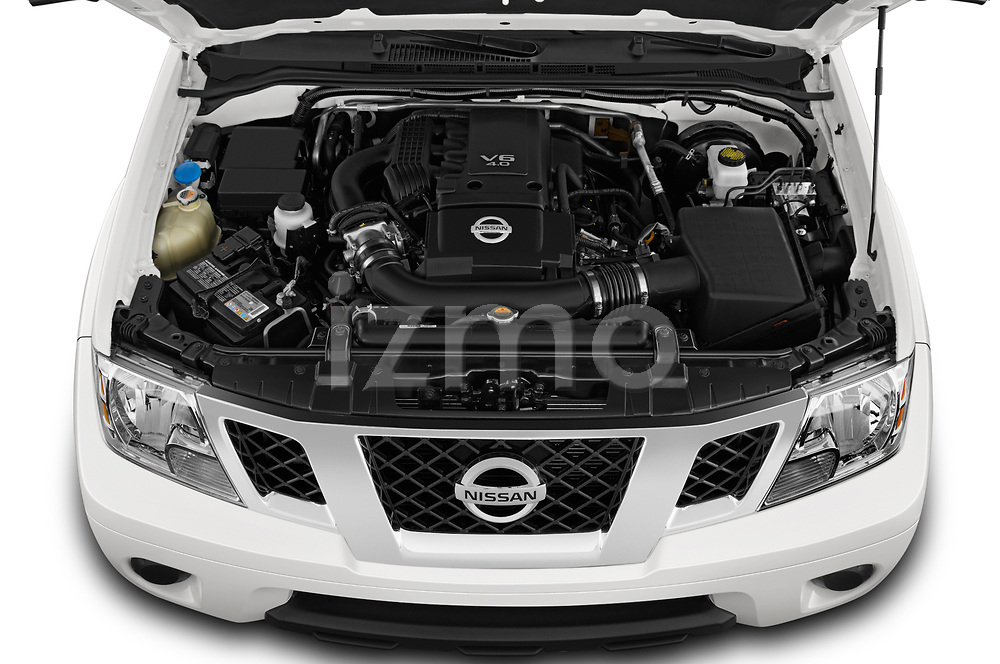 Car stock 2019 Nissan Frontier SV 4 Door Pick Up engine high angle detail view