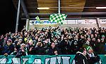 Stockholm 2014-03-05 Bandy SM-semifinal 3 Hammarby IF - V&auml;ster&aring;s SK :  <br /> V&auml;ster&aring;s supportrar p&aring; Zinkensdamms l&auml;ktare<br /> (Foto: Kenta J&ouml;nsson) Nyckelord:  VSK Bajen HIF supporter fans publik supporters