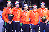 SHORTTRACK: DORDRECHT: Sportboulevard Dordrecht, 25-01-2015, ISU EK Shorttrack, Podium Relay Men, 3e plaats, Freek VAN DER WART, Adwin SNELLINK, Sjinkie KNEGT, Itzhak DE LAAT, Daan BREEUWSMA (Team Netherlands), ©foto Martin de Jong