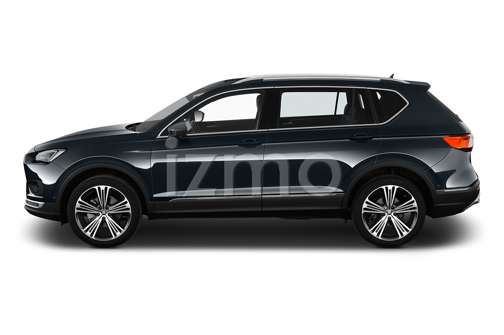 Car Driver side profile view of a 2019 Seat Tarraco Xcellence 5 Door SUV Side View