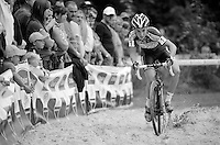 Sanne Cant (BEL/Ciclismo Mundial) hitting the sand first<br /> <br /> GP Neerpelt 2014