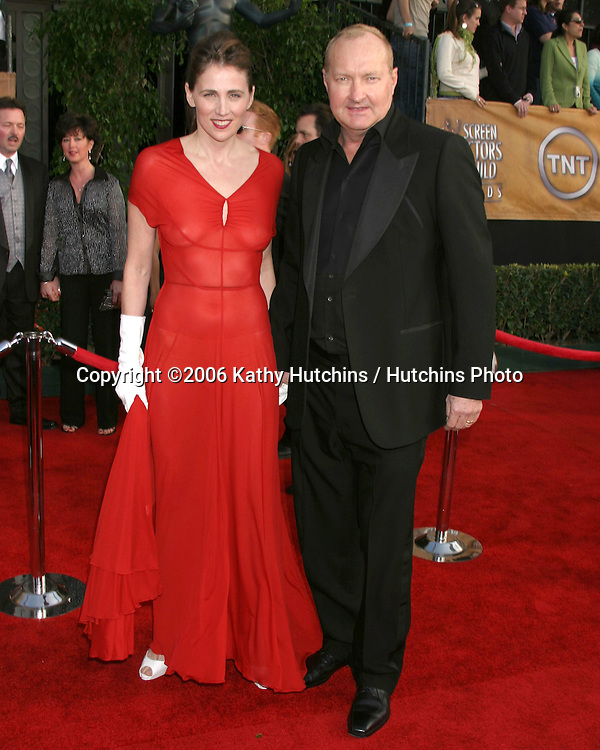 Evie & Randy Quaid.12th Annual Screen Actors Guild  Awards.Shrine Auditorium.Los Angeles, CA.January 29, 2006.©2006 Kathy Hutchins / Hutchins Photo....