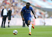 19th May 2018, Wembley Stadium, London, England; FA Cup Final football, Chelsea versus Manchester United; Victor Moses of Chelsea sprints with the ball