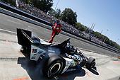 Graham Rahal, Rahal Letterman Lanigan Racing Honda returns to the race after his crash, pit stop