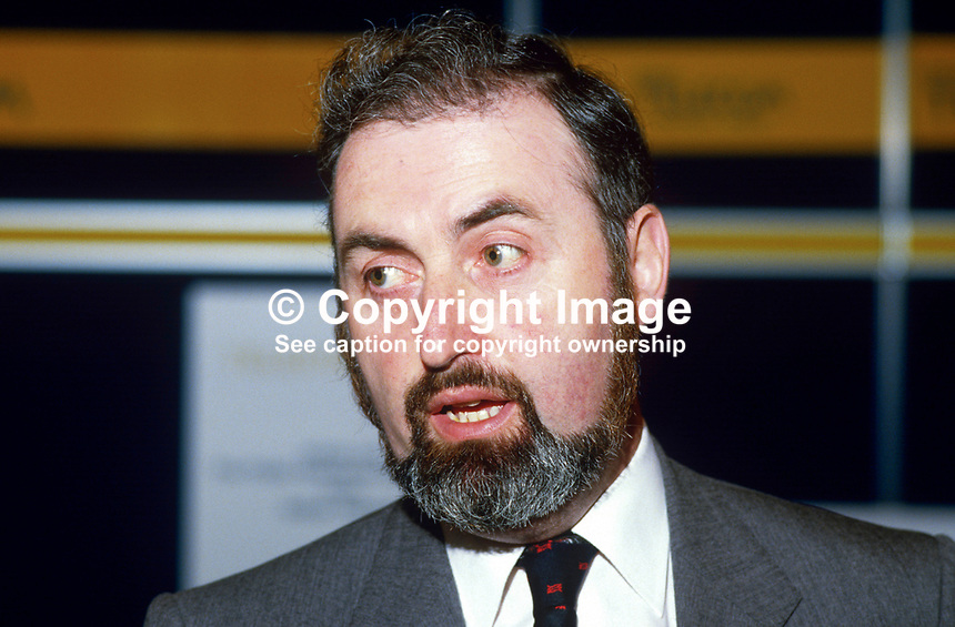 Robert McLaughlin, chairman, N Ireland Co-ordinating Committee, Information Technology, 19840089RML..Copyright Image from Victor Patterson, 54 Dorchester Park, Belfast, UK, BT9 6RJ..Tel: +44 28 9066 1296.Mob: +44 7802 353836.Voicemail +44 20 8816 7153.Skype: victorpattersonbelfast.Email: victorpatterson@me.com.Email: victorpatterson@ireland.com (back-up)..IMPORTANT: If you wish to use this image or any other of my images please go to www.victorpatterson.com and click on the Terms & Conditions. Then contact me by email or phone with the reference number(s) of the image(s) concerned.