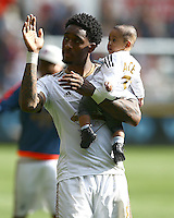 Leroy Fer of Swansea City waves to the fans at full time during the Barclays Premier League match between Swansea City and Manchester City played at The Liberty Stadium, Swansea on 15th May 2016