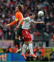 FUSSBALL   1. BUNDESLIGA   SAISON 2011/2012   29. SPIELTAG 1. FC Koeln - SV Werder Bremen                           07.04.2012 Clemens Fritz (li, SV Werder Bremen) gegen Mato Jajalo (re, 1. FC Koeln)